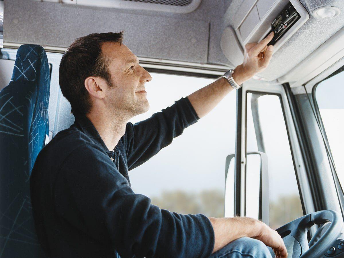 obligaciones del conductor con el tacógrafo digital