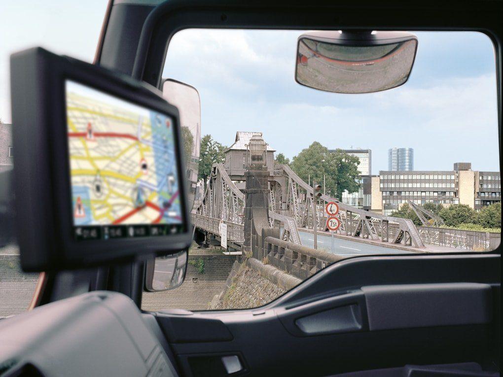 La Fiscalía ya persigue por delito de falsedad documental a los transportistas que manipulen el tacógrafo