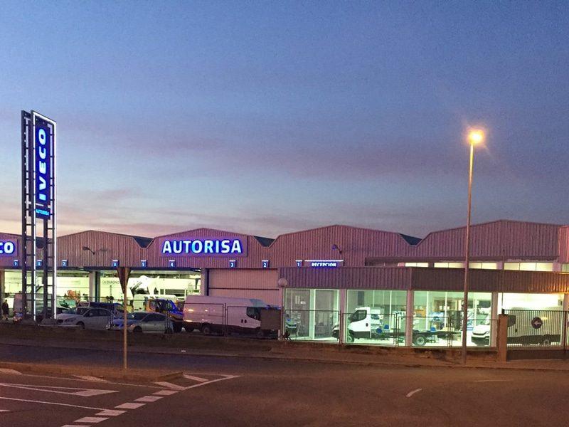 Excelencia y compromiso profesional al servicio del vehículo industrial · AUTORISA